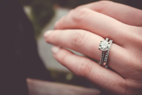 when do you give a promise ring